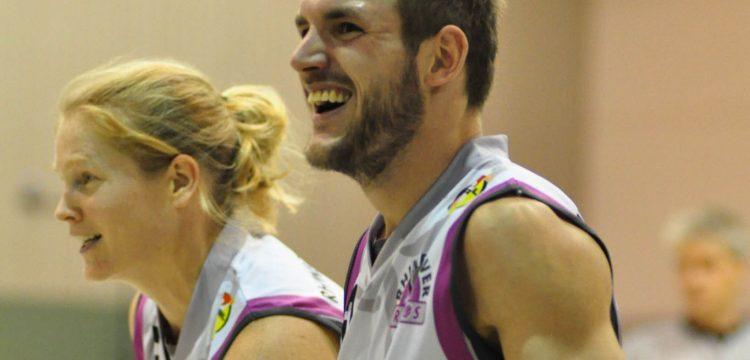 Hatte nach dem Match in Trier gut lachen -Topscorer André Hopp_Fotocredit Michael Witte
